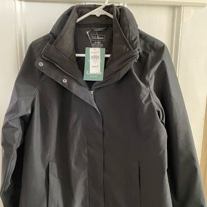 NWT LL Bean jacket with fleece - Black size S